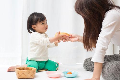 赤ちゃんのお世話も十分運動になっている
